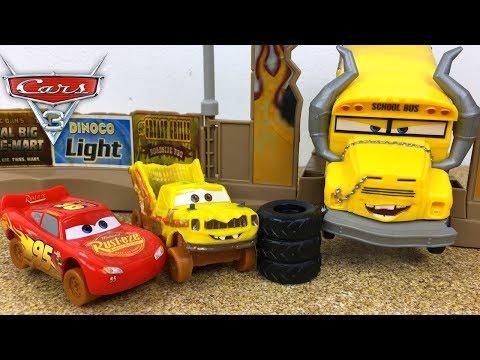 CARS 3 MEGA CHOQUES LOCOS CRASH DERBY DISNEY RAYO MCQUEEN CRUZ RAMIREZ MISS FRITTER APB Y TACO