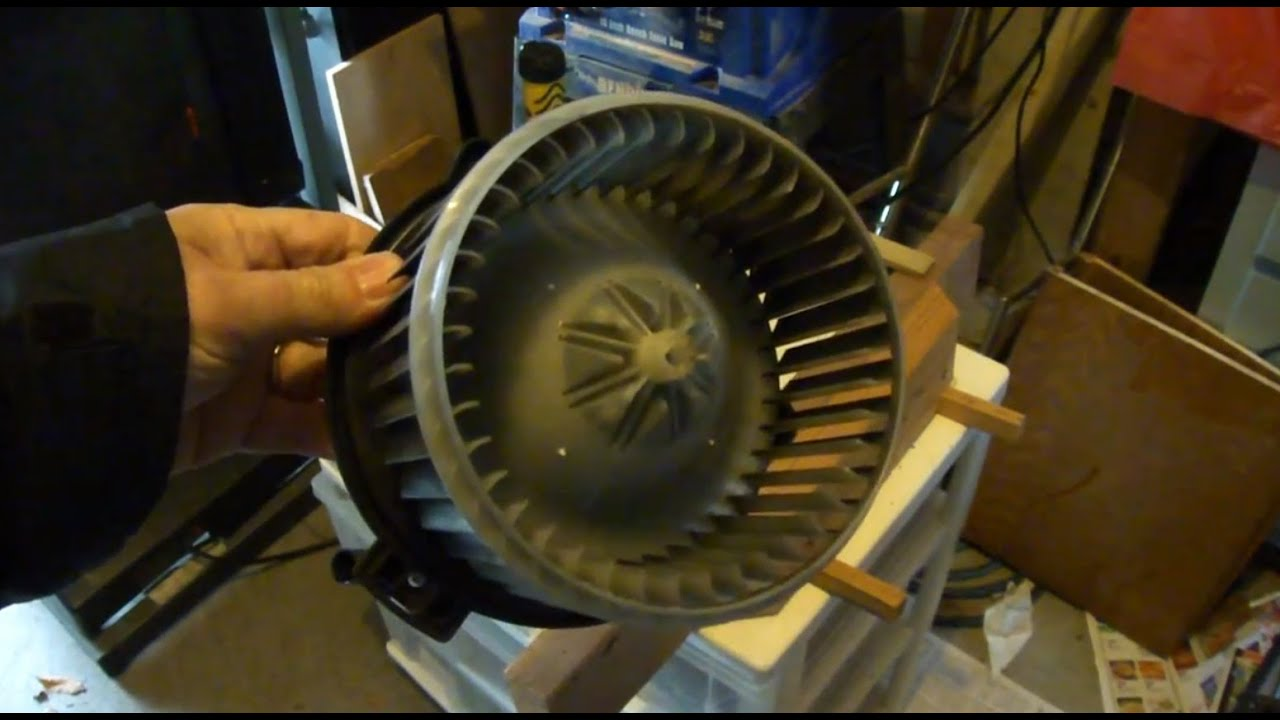 medium resolution of blower motor wheel removal for auto heater a c toyota corolla 2007 youtube