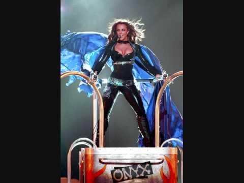 06 Britney Spears - Onyx Hotel Tour - (You Drive Me) Crazy - Album Versie