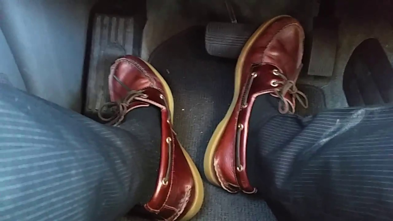 7bdc139fd43 Driving In Old Sperry TopSiders - YouTube