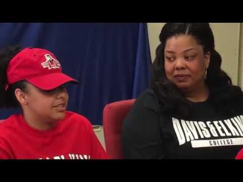 Jailah White signs letter of intent to attend Davis & Elkins College