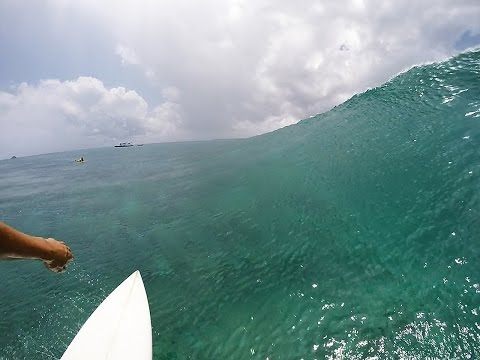 Surfing Maldives - Central Atolls