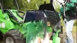 Produkcja drewna opałowego - kombajn z ładowarką AVANT