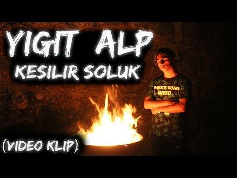 Yiğit Alp  -  Kesilir Soluk (Offical Video Klip)