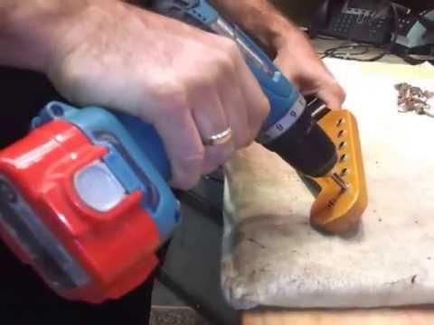 Fender Custom Shop--The Birth Of A Master Built Strat