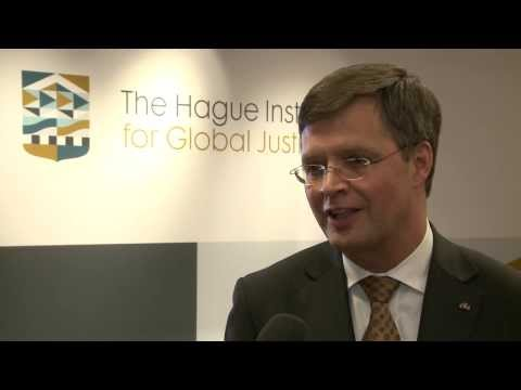 Interview: Jan Peter Balkenende - YouTube