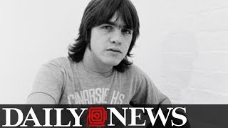 Malcolm Young, AC/DC co-founder and guitarist, dead at 64 thumbnail