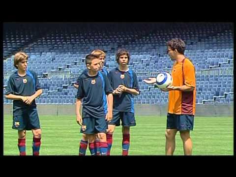 FC BARCELONA - DECO & SYLVINHO SOCCER LESSONS (3/5)