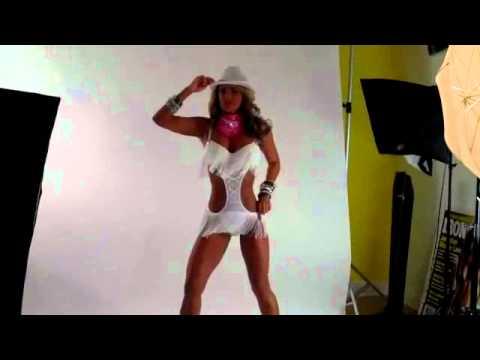 Jennifer Nicole Lee Fitness Model Factory Fantasy Photo Shoot!.avi