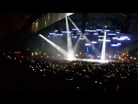 Metallica live Lyon 4K battery et nothing else matters