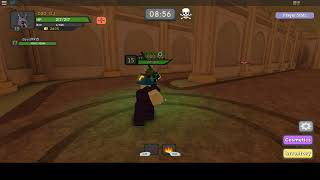 Dungeon Quest roblox game,level 14 want ppl carry ,meet level 77 player help