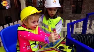 Kids Pretend Play in Builder ! Funny Video