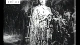 Sajan Pardesi Blam Pardesi - Gaon Ki Gori (1945) - Old Bollywood Classical Songs