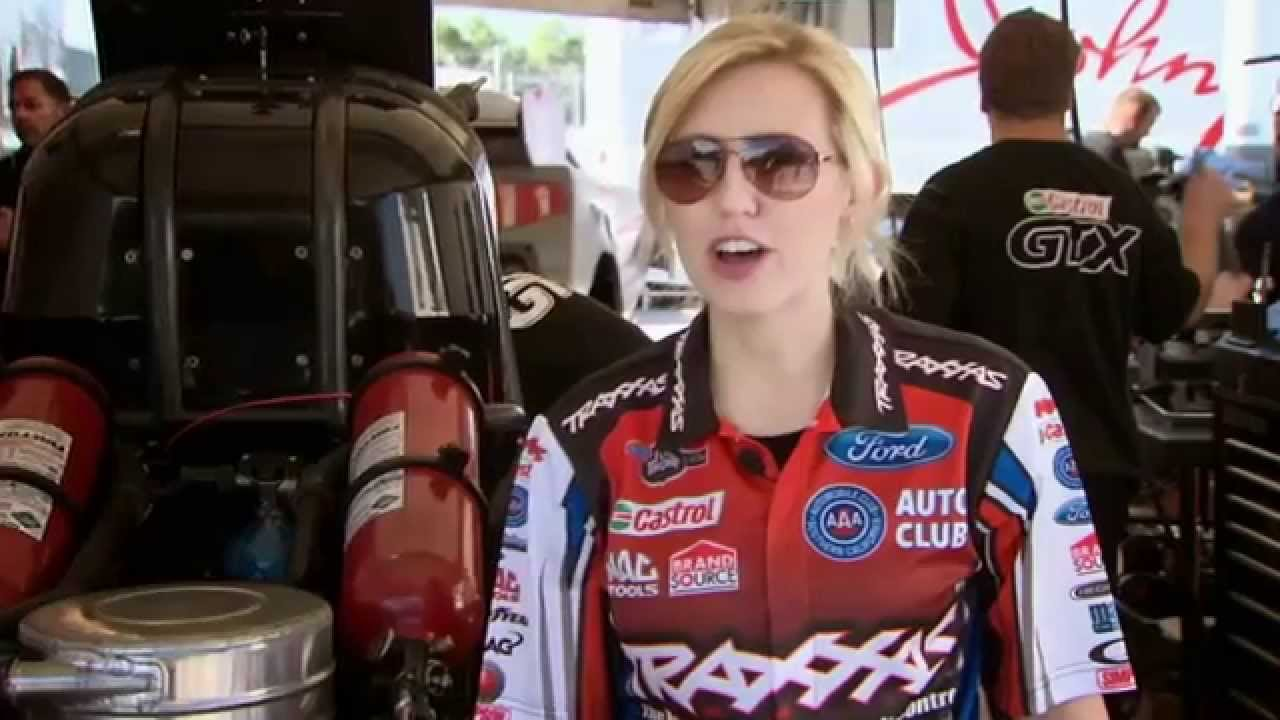 10 Most Appealing Female Race Car Drivers - Page 7 of 11