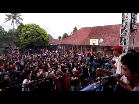 Coffee Reggae Stone-Demon-SMAN 8 TASIKMALAYA