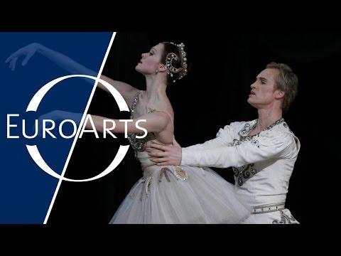 George Balanchine - Jewels (Ballett in three parts): Rubies (2/3) | Mariinsky Ballet