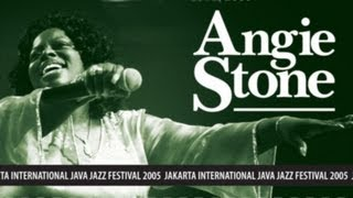 "Angie Stone ""I wanna Thank Ya"" Live at Java Jazz Festival 2005"