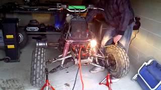1er démarrage du proto 750 banshee (sans échappements) moteur vfr 105 chevaux