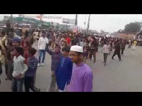Muslims riot after Christian teenager accused of blasphemy