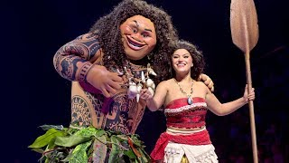 "Moana u0026 Maui ""You're Welcome"" Disney On Ice Presents Dare to Dream in Orlando, Disney Princess"