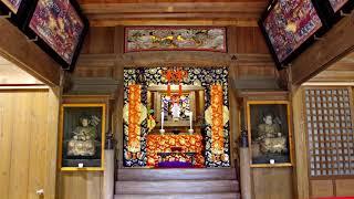 円覚寺の洪鐘(おおがね)と弁天堂