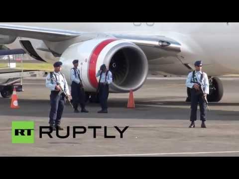 Indonesia: Drunk Australian forces emergency Bali landing