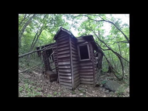Treasure Chest, Old Cabin and Possible Meteorite found in the woods! Exploring Canada