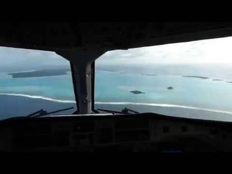 Great Scenic Cockpit Approach @ AIT Aitutaki Airport