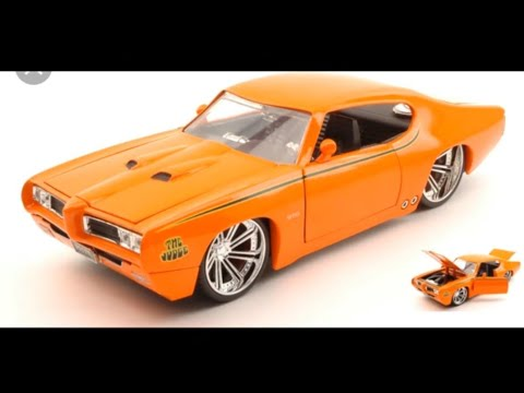 #2 1969 PONTIAC GTO JUDGE DUB BIGTIME MUSCLE DIECAST CAR TOY COLLECTORS EXAM REVIEW