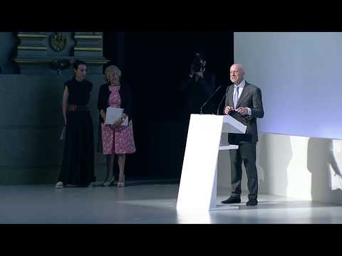 Forum - Future is Now   Welcome - Manuela Carmena and Norman Foster
