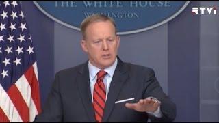 Пресс секретарь Белого дома извинился за сравнение Асада с Гитлером