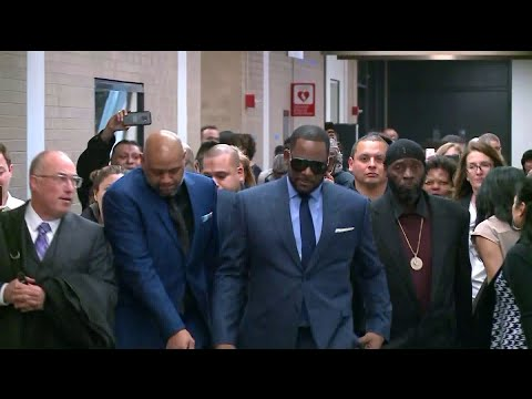 R. Kelly headed back to Cook County Jail for not paying $161K in back child support