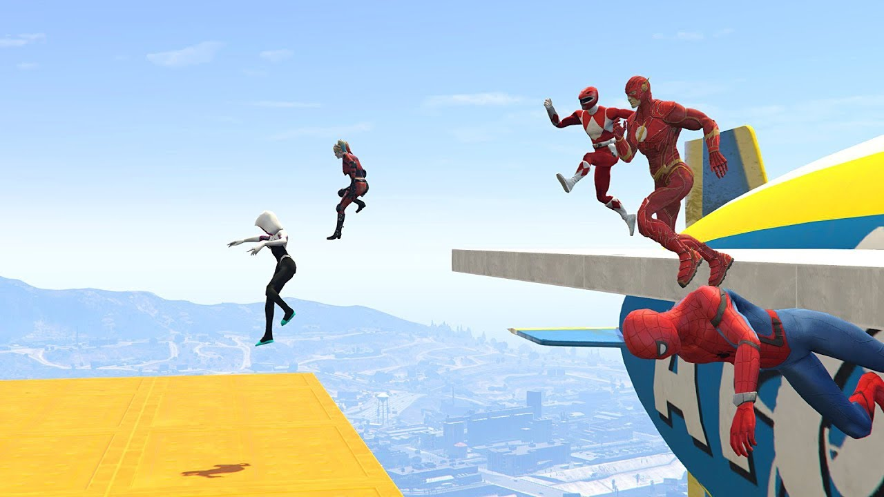 WIPEOUT OBSTACLES RUN CHALLENGE! - With All The SUPERHEROES (GTA 5 Funny Contest) thumbnail