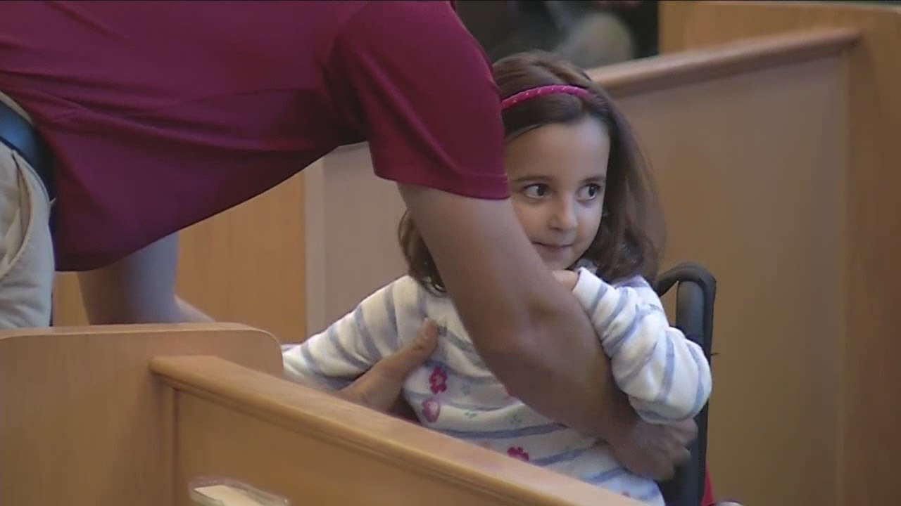 Touching moment for recovering little girl - YouTube