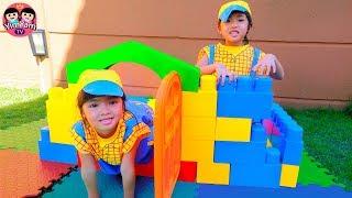 หนูยิ้มหนูแย้ม   ช่างสร้างบ้าน Kids Toy House Building with Building Blocks