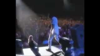 Pearl Jam - Given to Fly TB2K - Sign Language Interpreter