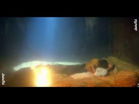 Madhuri dixit hot kissing scean-madhuri dixit hot scean