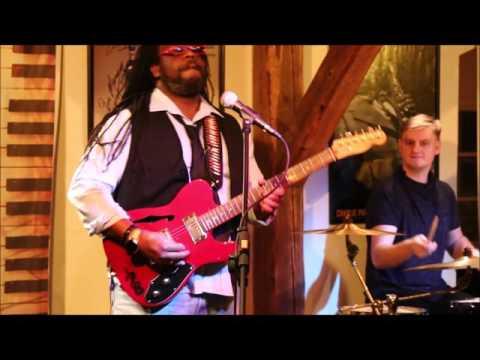 Khalif Wailin´ Walter (USA) Blues Band ( Jazz Club Teplice )