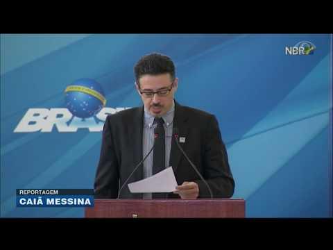 Ministro da Cultura toma posse em Brasília