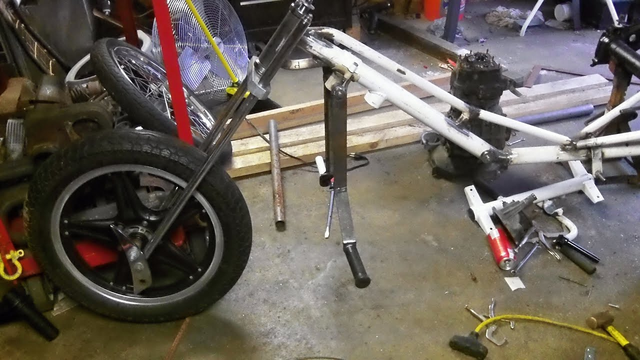 The Red Baron - VW TRIKE - Part #33 - Clutch and Brake Pedal WELDING ! - YouTube