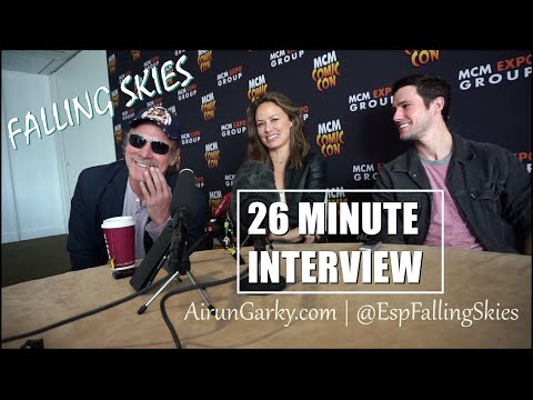 SPOILERS Falling Skies 26 Minute Interview Drew Roy, Moon Bloodgood, Will Patton.