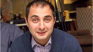 СМИ: Резидент Comedy Club Демис Карибидис, был задержан сотрудниками ГИБДД(источник http://lifenews.ru/news/162793., 2015-10-01T12:31:58.000Z)