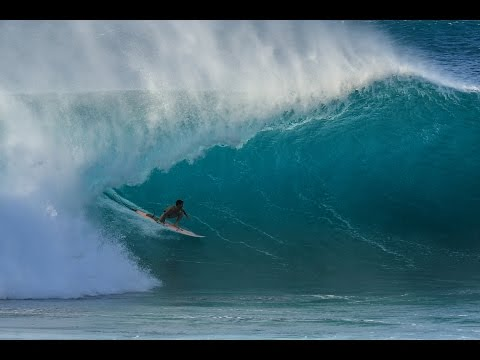 The World's Best Surfers Take on Massive Pipeline: January 2017