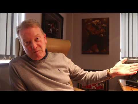 FRANK WARREN GOES IN! - TALKS SMITH v WILLIAMS, JOE GALLAGHER, WOMEN'S BOXING, SAUNDERS & TYSON FURY
