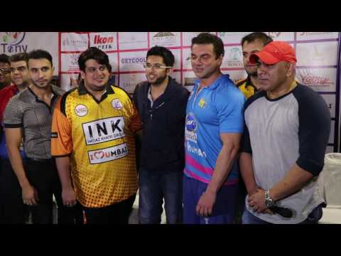 Aditya Thackeray At Tony Premier League | Bollywood Lineup