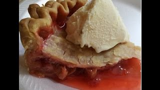 How To Make: Strawberry Rhubarb Pie