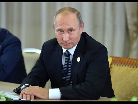 Vladimir Putin holds press conference following G20 summit (Streamed live)