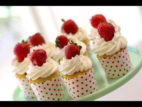 Beth's Strawberry Shortcake Cupcakes