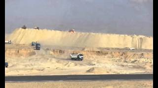 Suez Canal new: a scene in the dig in the September 22, 2014
