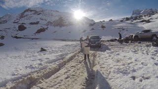 КАК СНЯТЬ ДИНАМИЧНЫЕ ПРОЕЗДЫ АВТОМОБИЛЯ В ГЛУБОКОМ СНЕГУ (PATHFINDER 2015)(Съемочная группа проекта NISSAN ALL MODE прибыли в горы Чили для того, чтобы снять красивые динамичные проезды..., 2015-01-21T17:27:10.000Z)